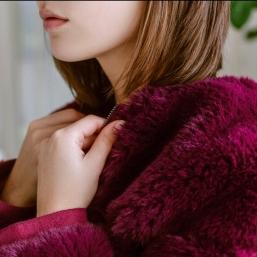 """À l'occasion de nos VENTES PRIVÉES, découvrez certains de nos produits en réduction sur l'e-shop (jusqu""""à -50% et pour seulement quelques jours). - #SinequanoneParis #Fashion #SineGirls #French #Brand #FallWinter"""